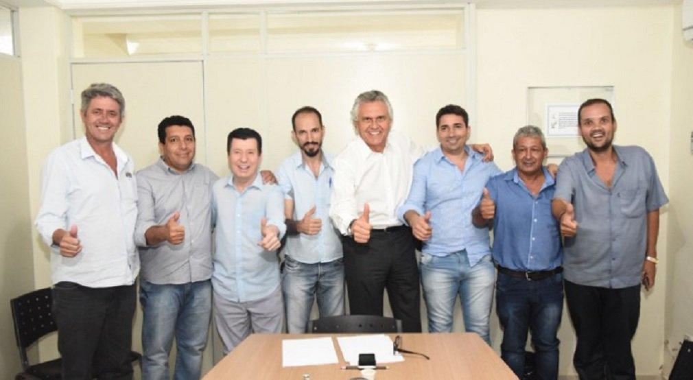 Caiado recebe apoio de ex-prefeito emedebista de Posse