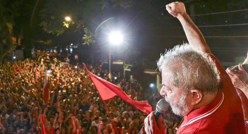 """""""Ninguém vai aprisionar a esperança do povo"""""""