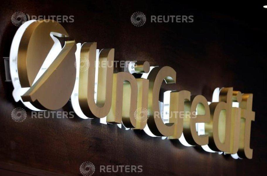 UniCredit deixa de usar Facebook para publicidade, diz presidente-executivo