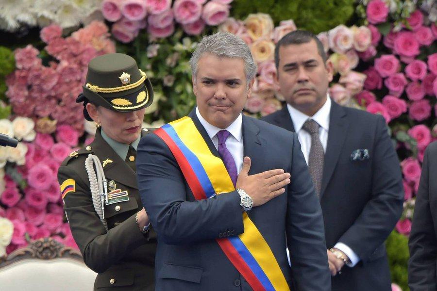 Iván Duque assume Presidência da Colômbia