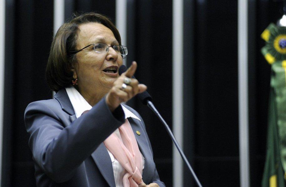 Jô Moraes é confirmada como vice na chapa de Fernando Pimentel