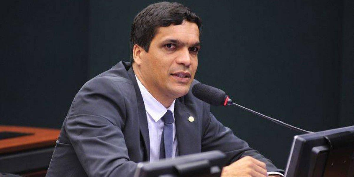 Desconhecido, cabo Daciolo liderou buscas digitais durante debate