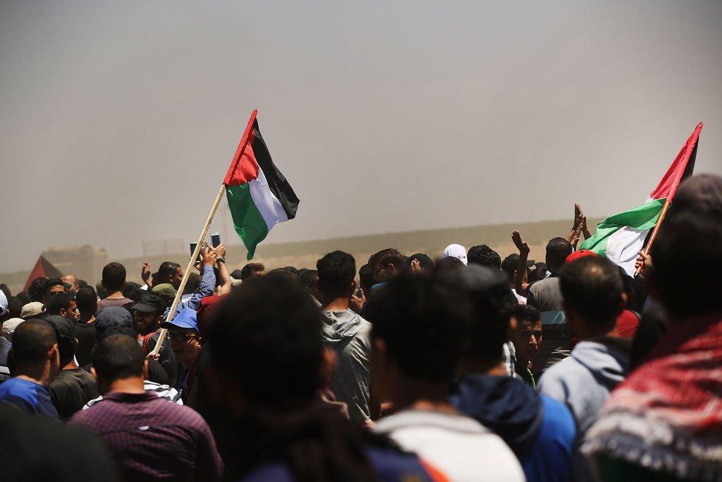 Palestinos no Líbano protestam contra política de Trump