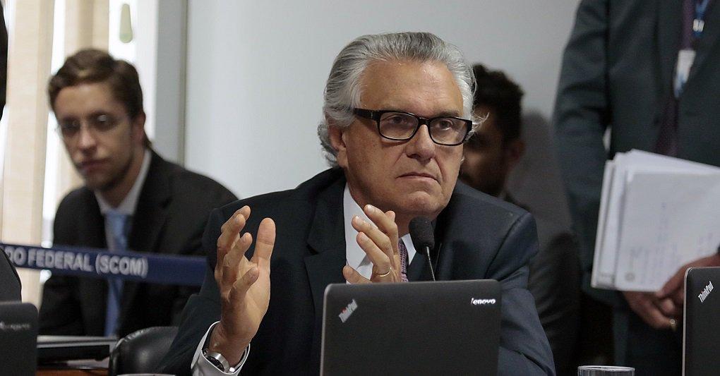 Em plano de governo, Caiado defende aumento de imposto e pedágio