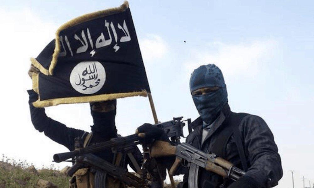 """Iraque bombardeia """"sala de operações"""" do """"Estado Islâmico"""" na Síria"""