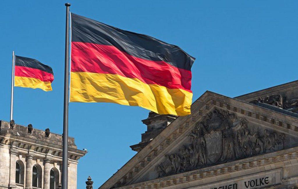 Alemanha aprova introdução de terceiro sexo em registro de nascimento