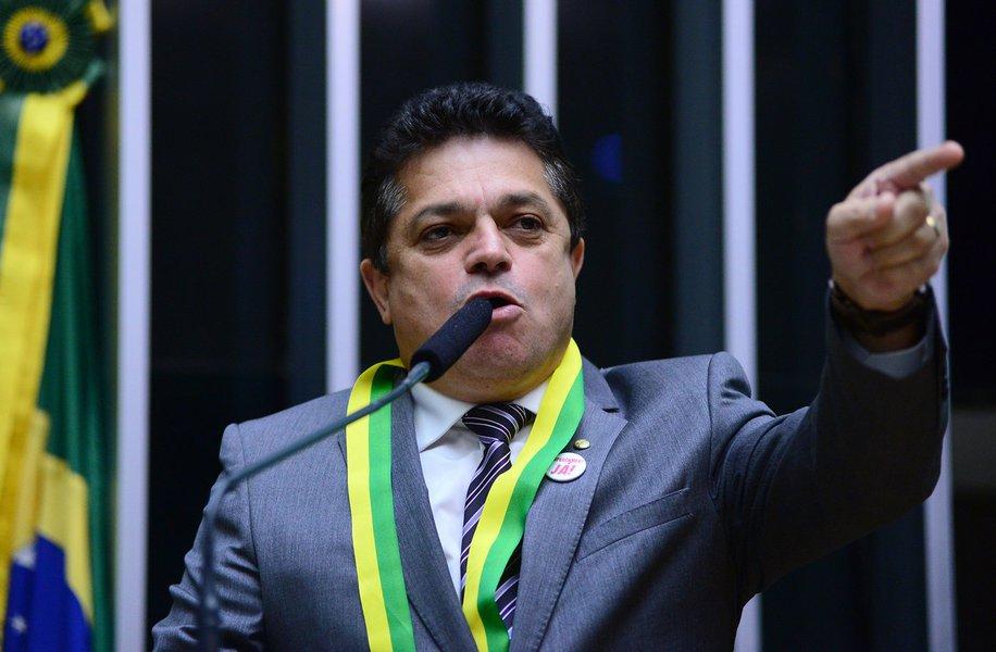 STJ solta candidato preso na Papuda e permite sua candidatura