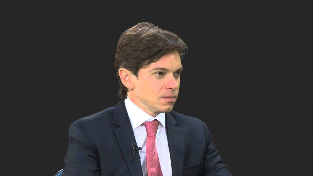 'Se evitarem que Lula chegue na urna, farão algo inédito' diz advogado