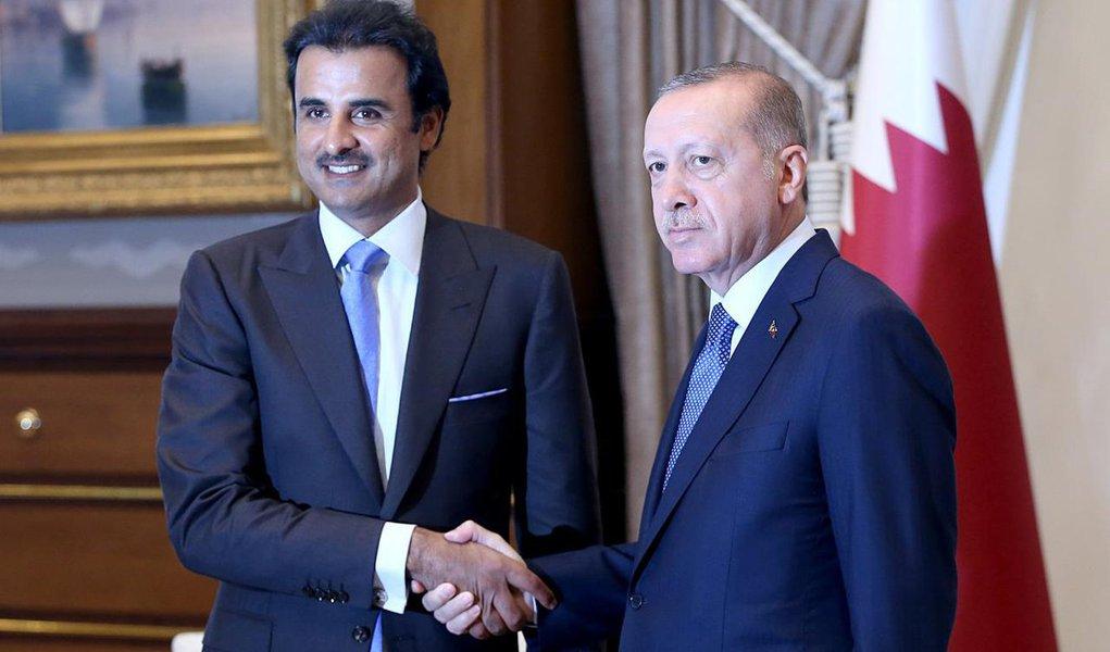 Catar ajuda a Turquia, lira se recupera e EUA descartam retirar tarifas