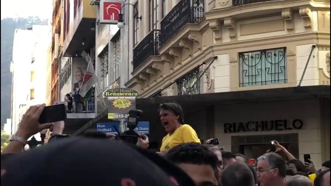 Facada errada em Bolsonaro: o deus do homicida e o da vítima é o mesmo