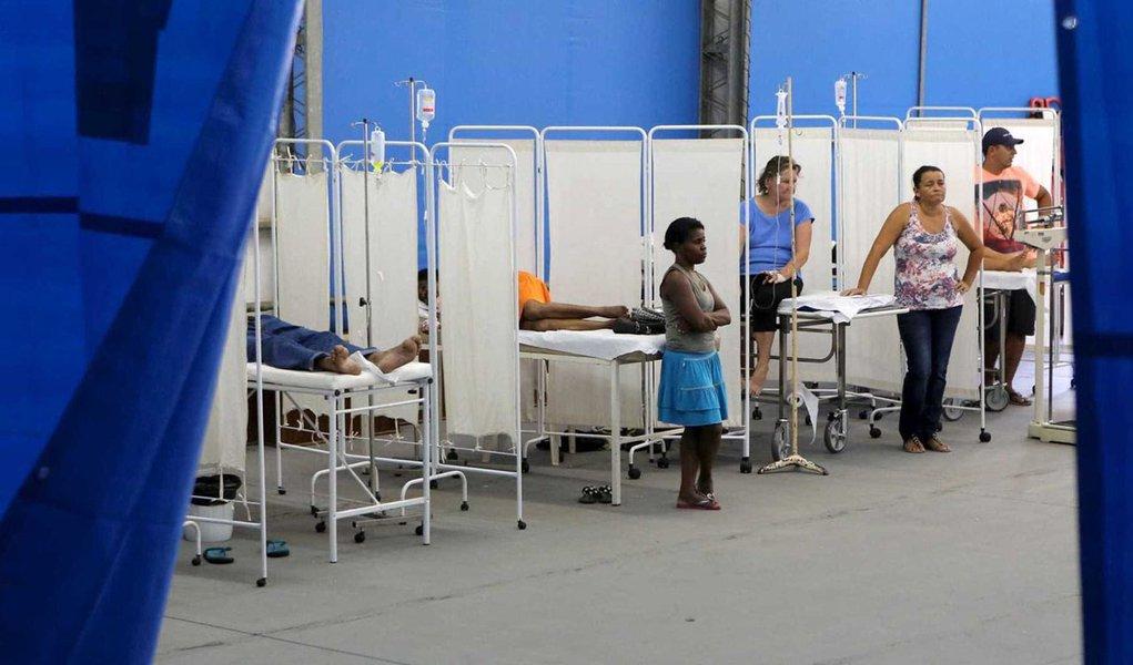 Três milhões de pessoas deixaram planos de saúde e foram para o SUS