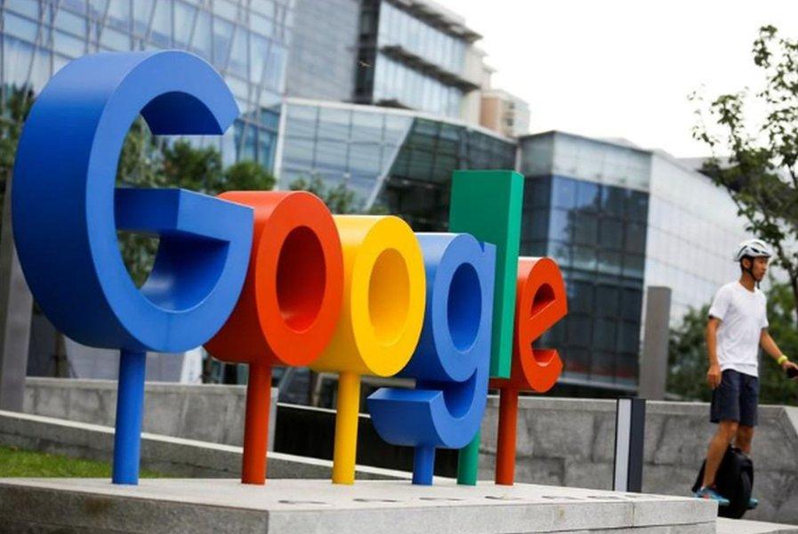 """Ministro britânico confronta Google sobre """"conteúdo de abuso sexual infantil"""""""