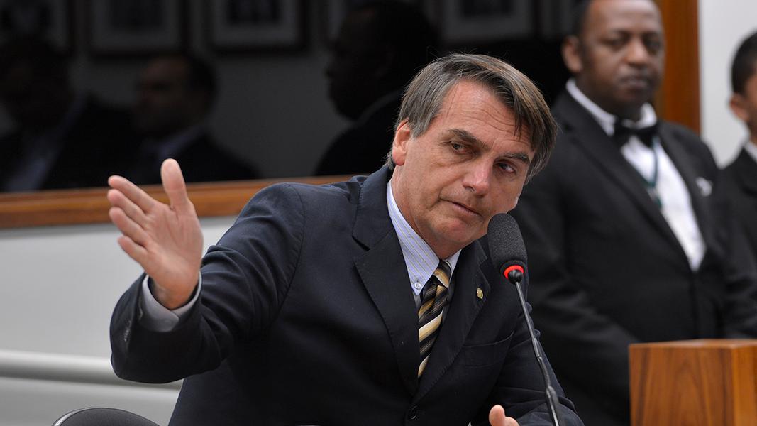 Simpatizante de Bolsonaro ameaça funcionária de comitê de Boulos com arma de fogo