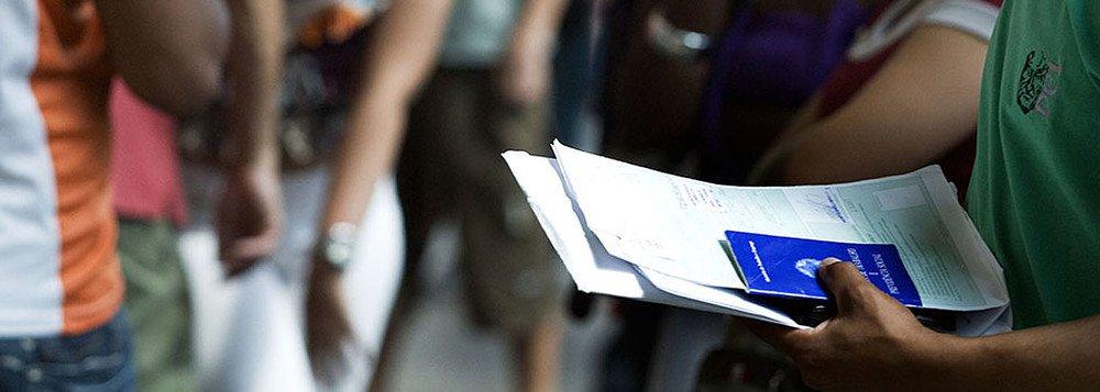 Desemprego em São Paulo fica estável em 17% no mês de julho