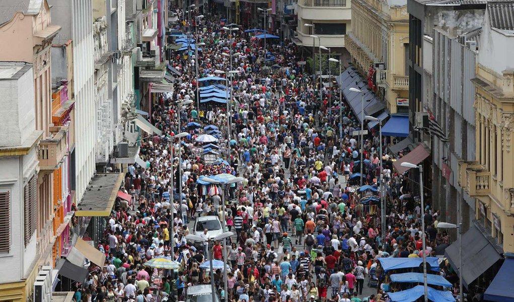 Alta densidade: 57% da população brasileira vive em apenas 317 municípios
