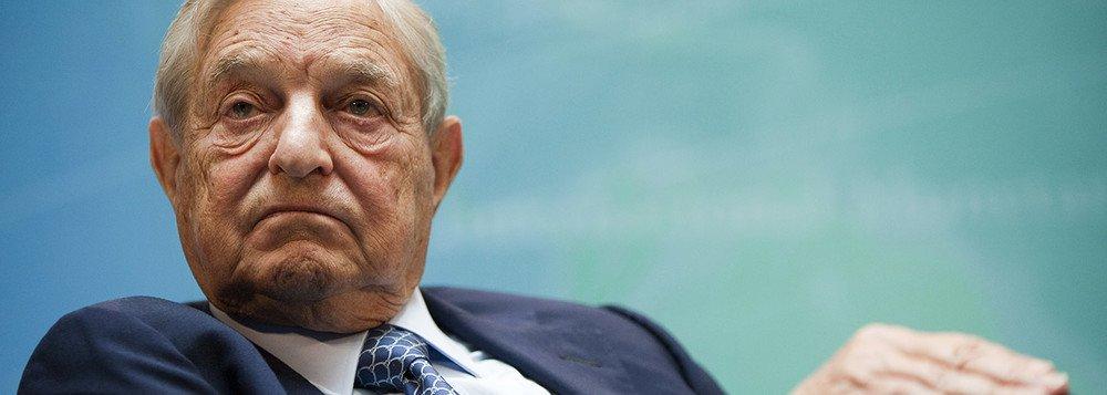 Soros, megainvestidor, comprou ações da Petrobras para subir preço de combustíveis
