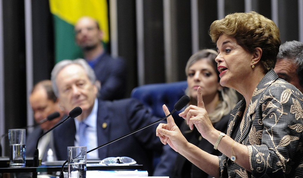 Há dois anos, o Senado afastava Dilma: o petróleo foi entregue e os direitos sociais acabaram