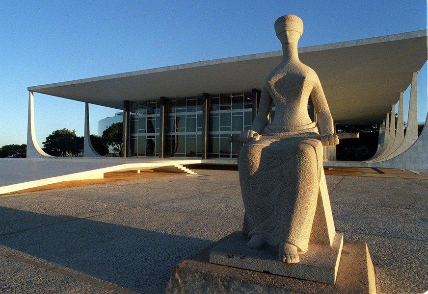 Ministros do STF agem como deuses do Olimpo, mas desconhecem a realidade de seu povo