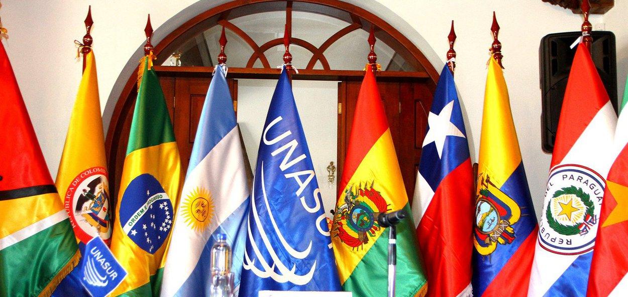 Colômbia anuncia que deixará a Unasul em 6 meses