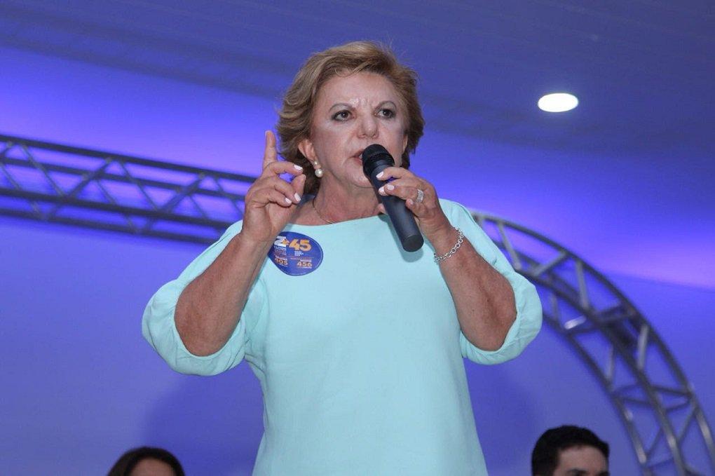 Lúcia Vânia quer federalizar a construção de escolas