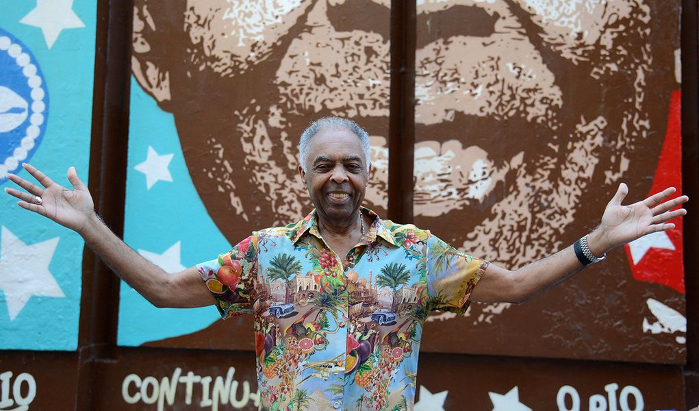 Gilberto Gil: 'quem defende Lula livre não está só'