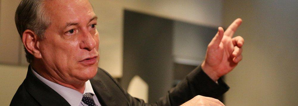 Ciro promete quebrar cartel dos bancos no primeiro dia
