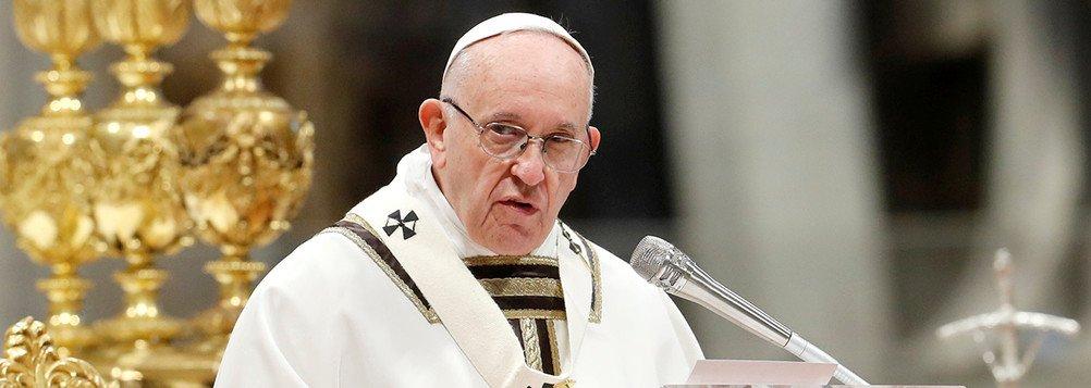 Em missa de Páscoa, papa Francisco se solidariza com vítimas de atentado no Sri Lanka