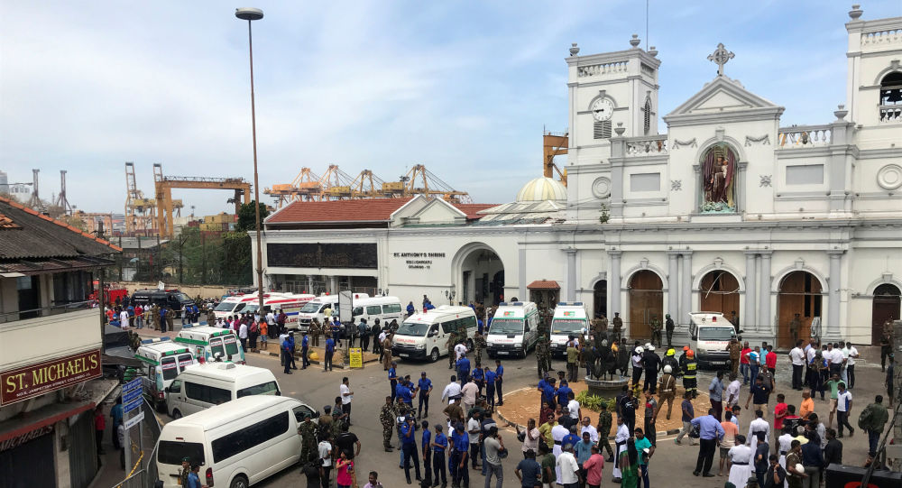 Sobe para 215 número de mortos vítimas de atentado no Sri Lanka