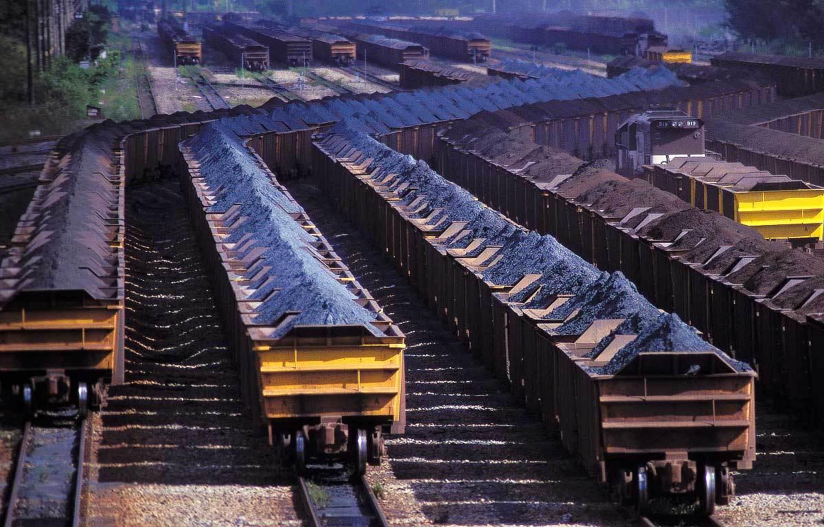 Vale irá limitar produção de ferro, diz CEO