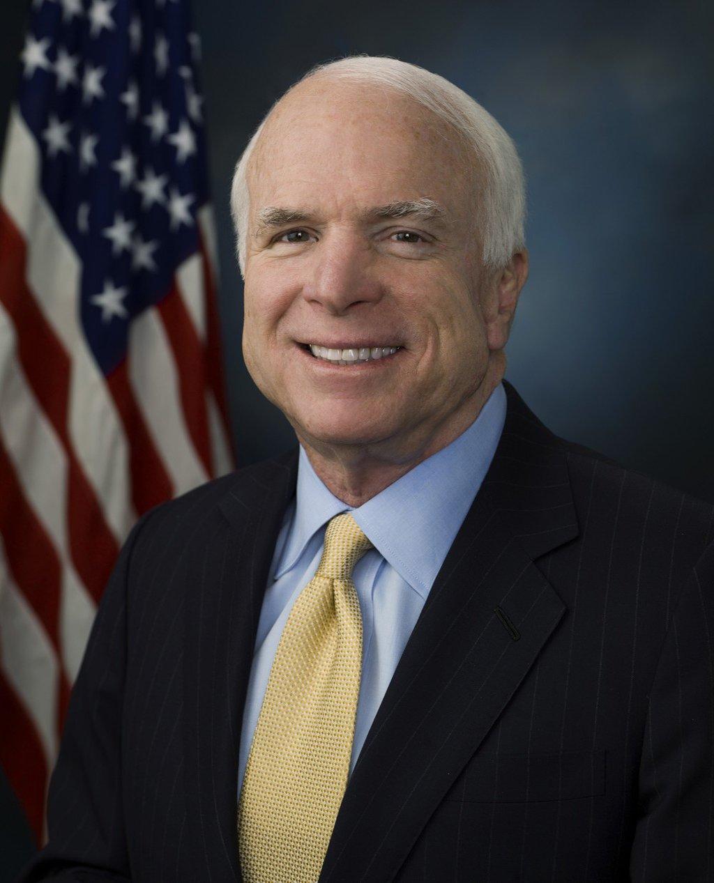 Morre nos EUA o senador republicano John McCain