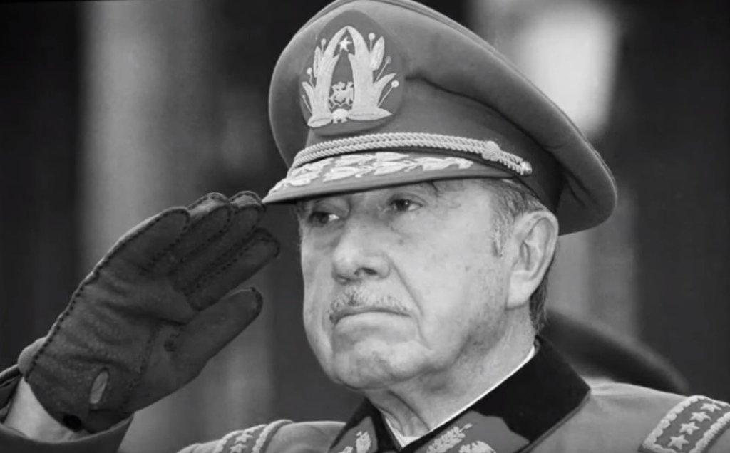 Justiça ordena confisco de mais de US$ 1,6 milhão de bens de Pinochet