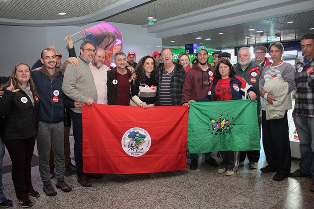 Frei Sérgio volta a Porto Alegre e diz que luta agora é na rua