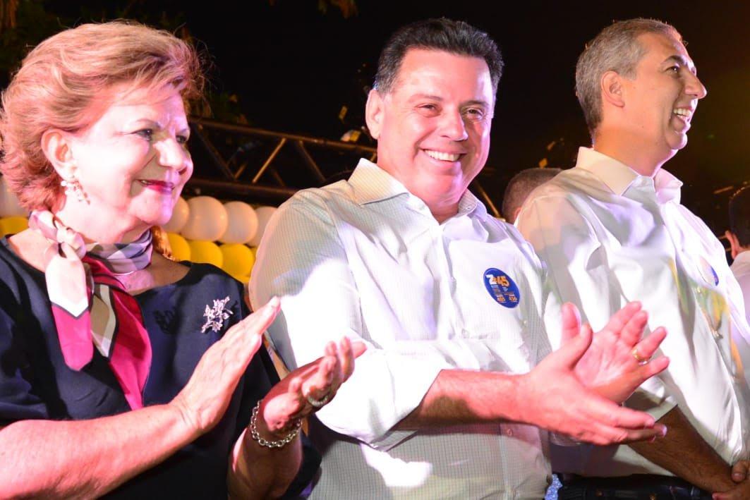 """Lúcia: """"Votar no Zé Eliton é votar no futuro das nossas gerações"""""""