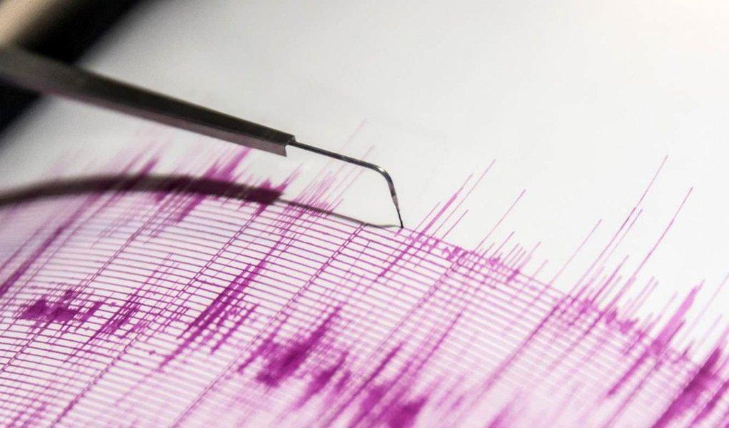 Terremoto de magnitude 7,1 atinge fronteira entre Peru e Brasil