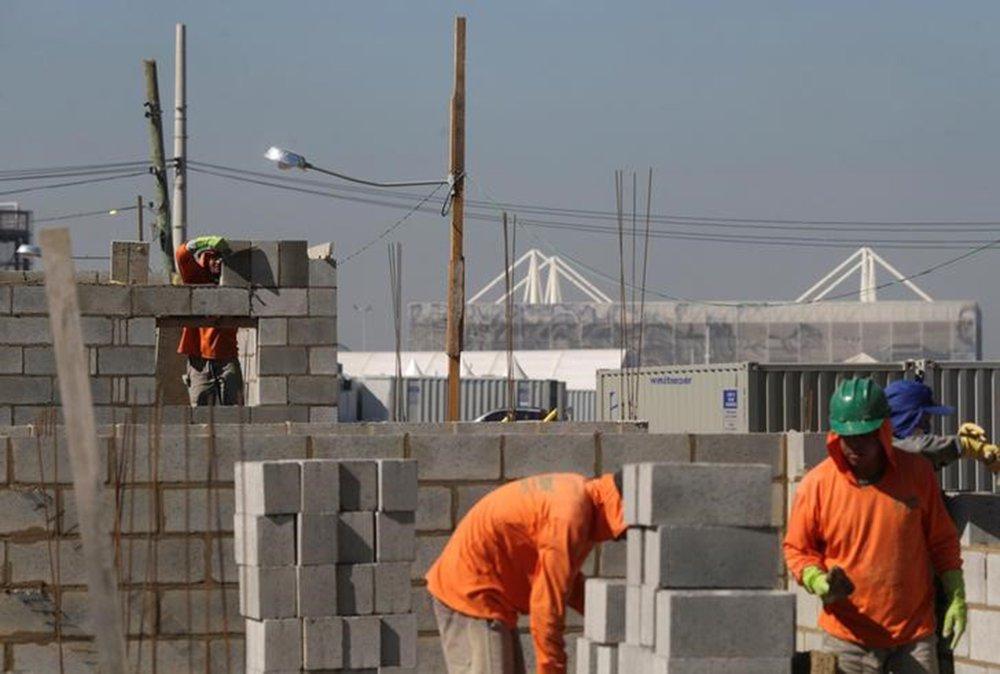 Vaga abertas em julho: salário médio 9% menor e mais emprego precário