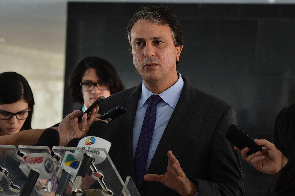 PT decide que Camilo terá que usar imagens de Lula e Haddad na TV