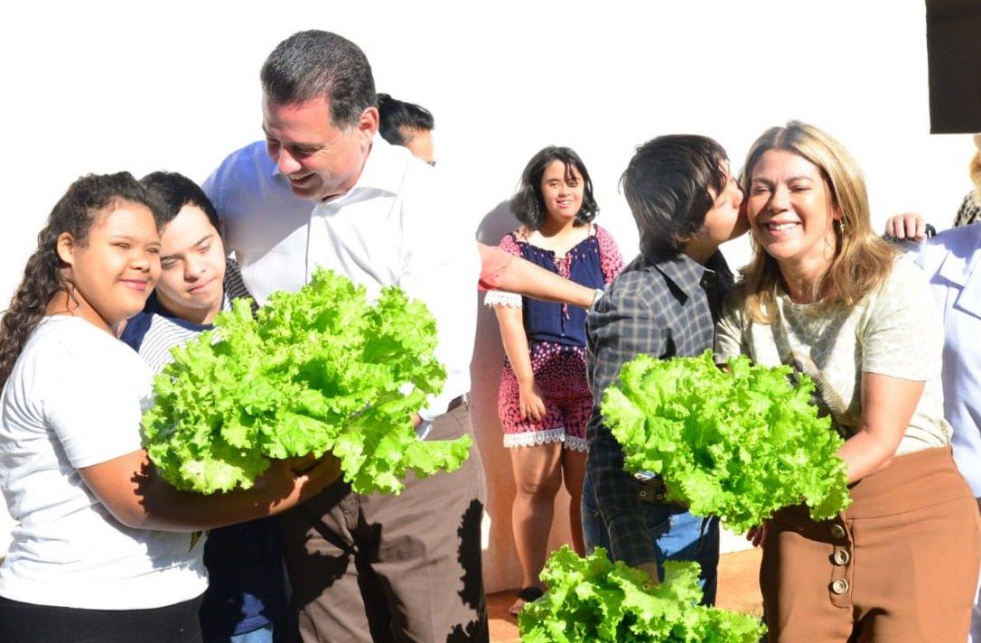 Marconi e Valéria visitam Associação Down de Goiás