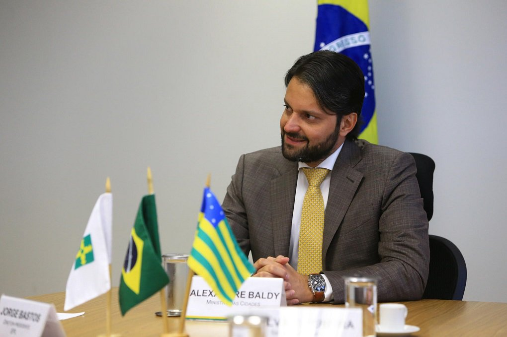 Baldy participa de livro que analisa moradias no Brasil