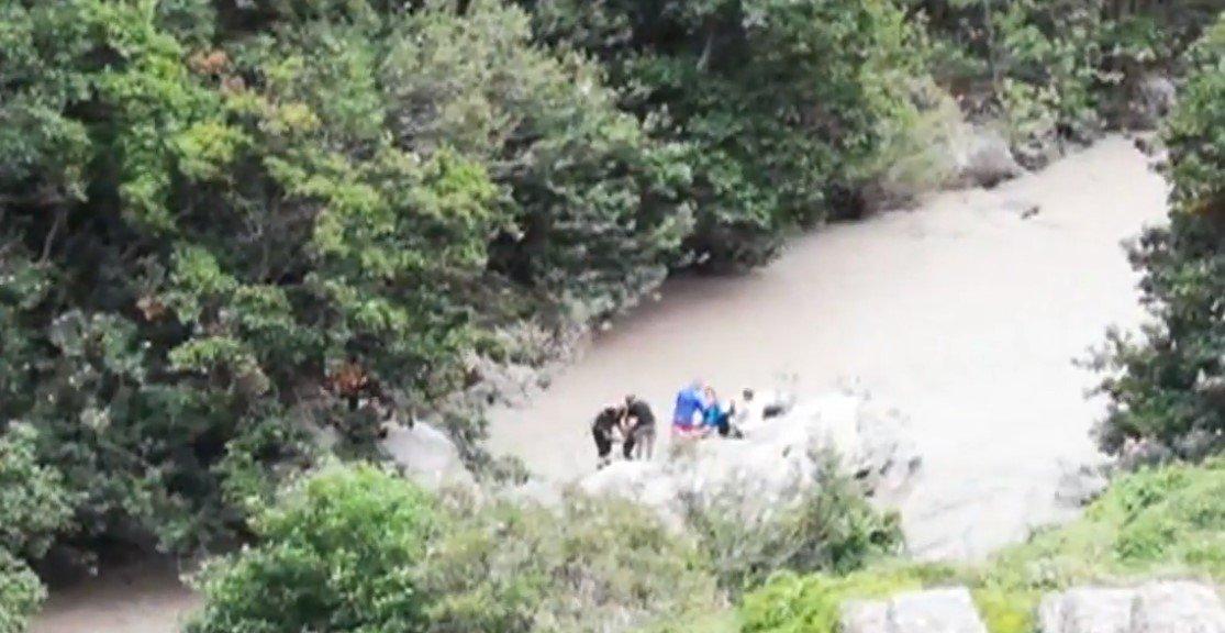 Transbordamento de rio na Itália deixa 11 mortos e 5 desaparecidos