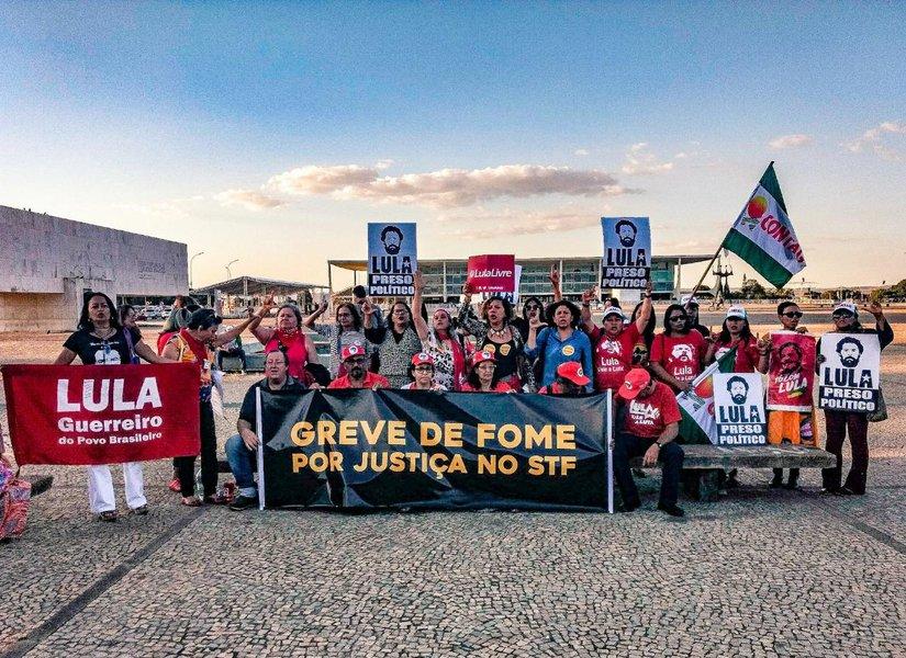 Em carta, religiosos se solidarizam com Lula e grevistas