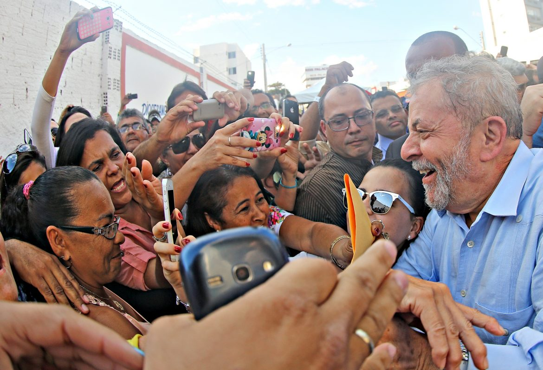 Lula tem o voto mais consolidado, mostra pesquisa CNT/MDA
