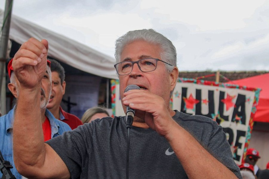 Requião: demita Paulo Guedes, Bolsonaro