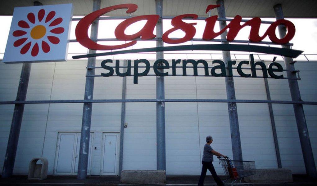Controladora do Casino despenca 61% na bolsa de Paris