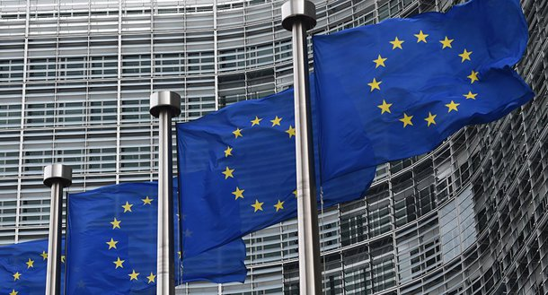 Dividida, União Europeia adia decisão sobre liderança do bloco