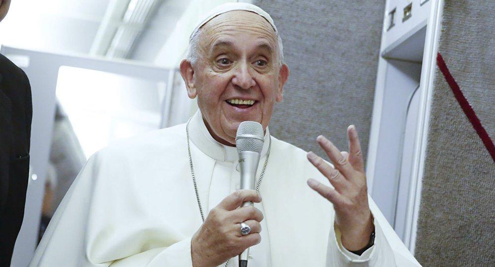 Papa Francisco escreve carta a Lula e diz que 'o bem vencerá o mal'