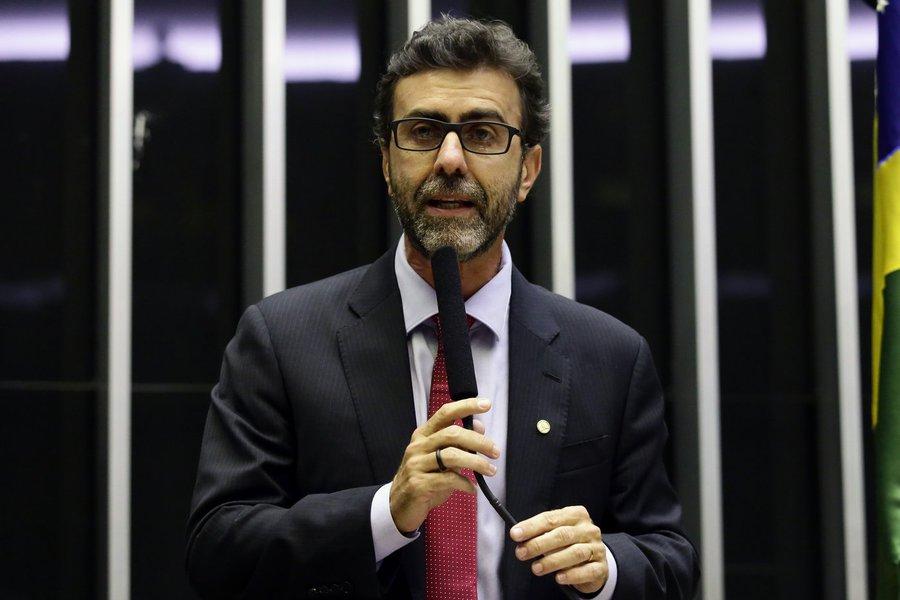 PSOL quer que AGU explique defesa de polícia nas universidades