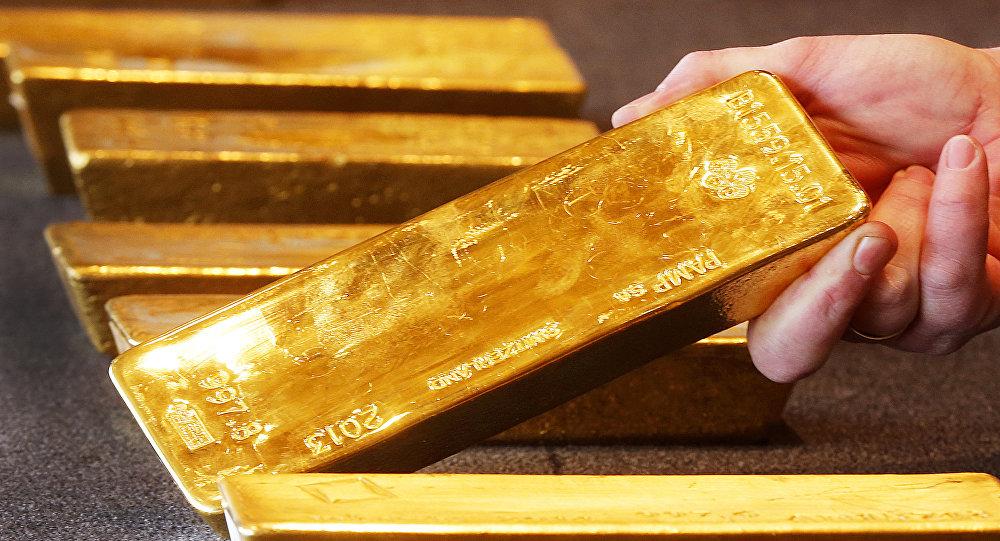 Rússia aumenta reservas de ouro para se proteger da crise do dólar