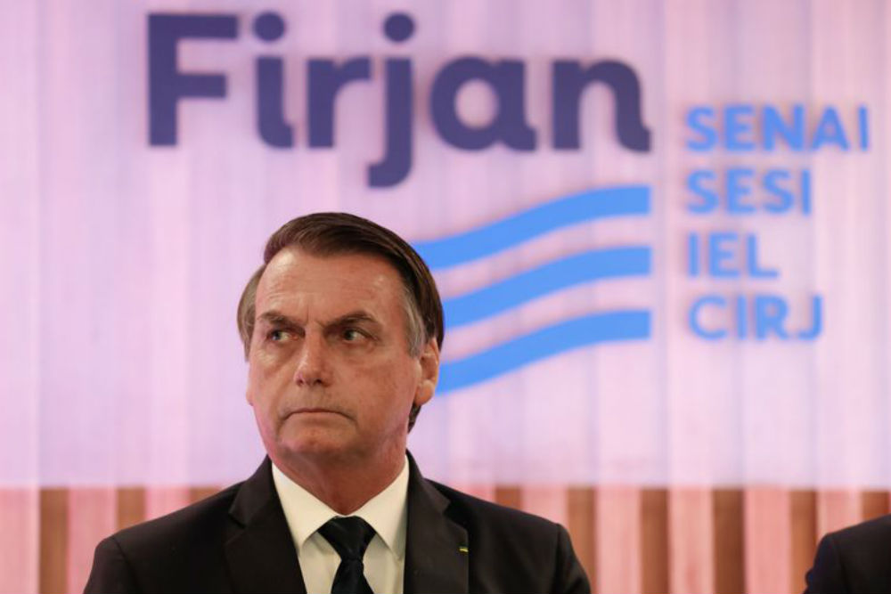 """""""Bolsonaro vai renunciar"""""""