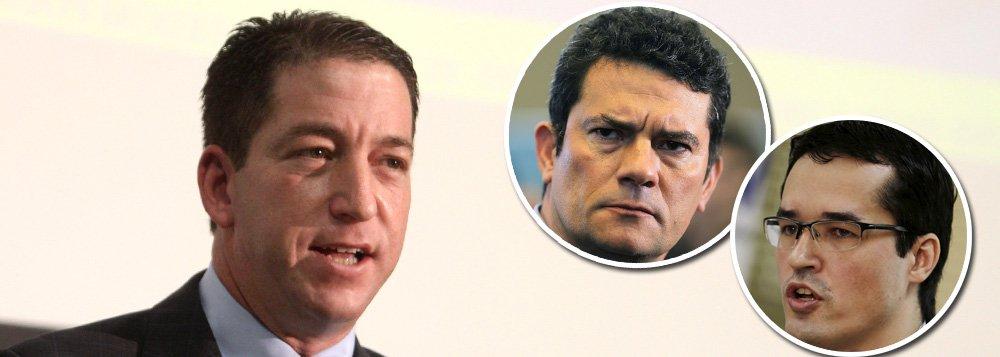 Greenwald desafia procuradores: mostrem os originais das conversas