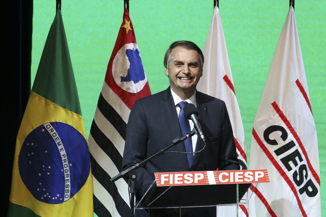 Bolsonaro discursa a empresários: vocês que têm que dar um norte para nós